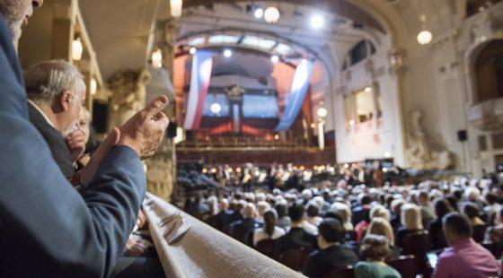 Publikum Potlesk Obecní Dům © Pražské Jaro Petra Hajská